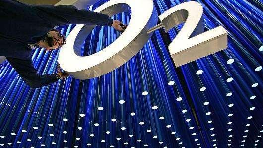 英国电信O2计划今年在英国5G移动频谱拍卖中获得...