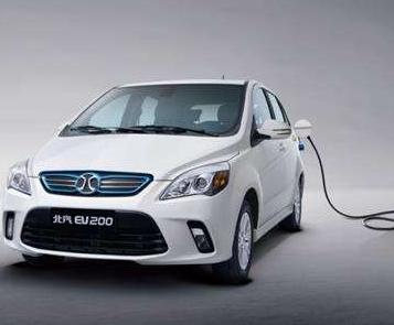 为满足需求 戴姆勒明年将在中国建造电动汽车