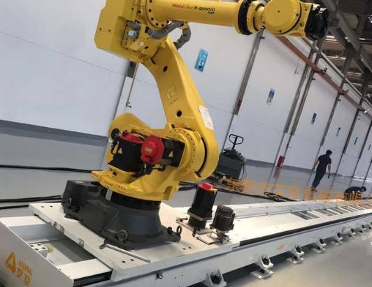 中国首个200T重载AGV投入使用 引起了业内的关注