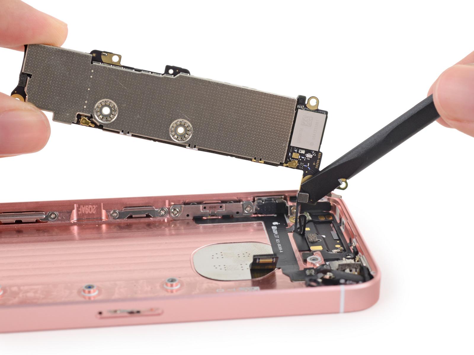 iPhoneSE拆解 做工及用料如何