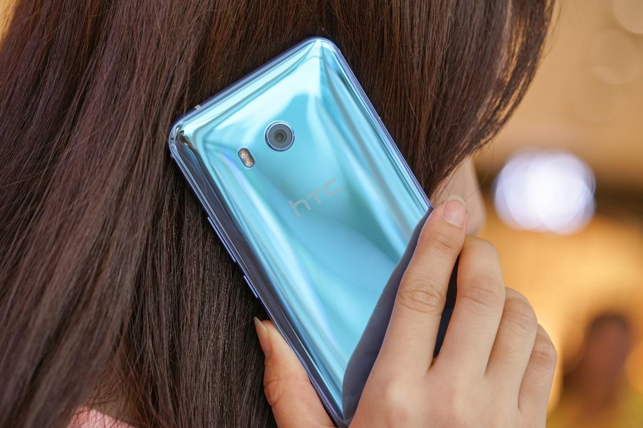 HTCU11评测 这是一台能争夺安卓机皇的手机