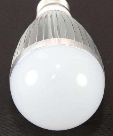 银川市对现有道路全部更新为LED节能灯具 节电率...