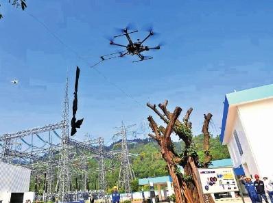广东电网无人机实现全天候线路巡维