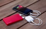 mophie推出容量为5050mAh的新款外置电池,支持快充