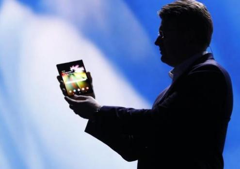 oppo截胡华为 决定在明年二月份就推出折叠手机