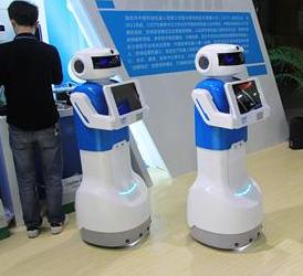 安防机器人在人工智能技术的加持下 发挥的作用越来...
