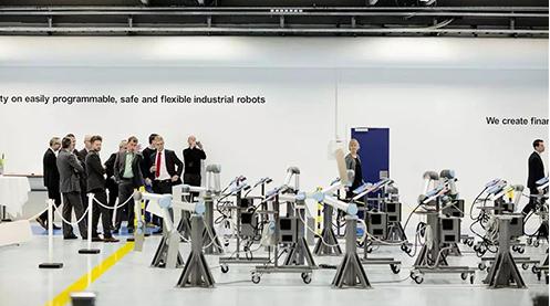 协作机器人从概念化产品已成为工业自动化产业中增长最快的领域