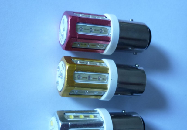 受惠于LED车灯模块 丽清第4季业绩可望超过12亿元