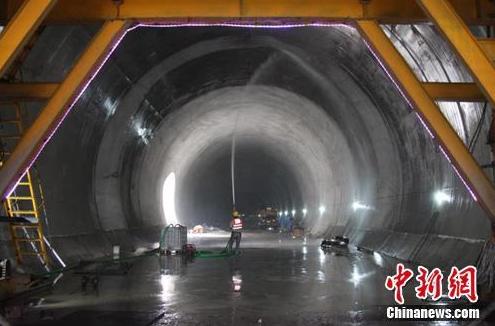 隧道机器人设计是否被选中 还有待观察