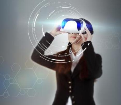 LOMID生产出一种1英寸微型显示器 能使VR眼镜缩小3/4