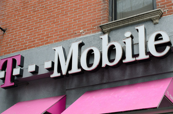 美国第3大电信商T-Mobile与第4大电信商S...