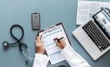 分析医疗大数据未来发展过程中的主要挑战和趋势
