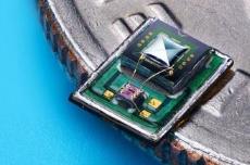 高速成长的MEMS麦克风成近年的蓝海市场