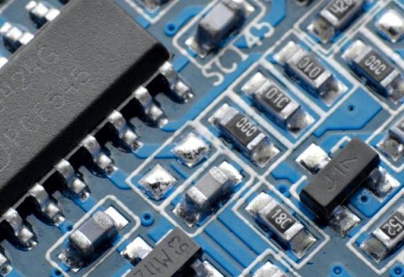 龙芯微集成电路封装测试项目正式投产 该项目仅用了7个月时间