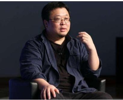 罗永浩从锤子法人变成执行董事