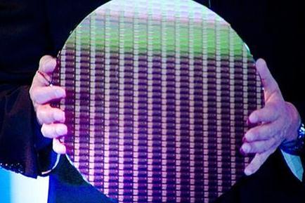 英特尔将进一步关闭对外客制化的晶圆代工业务