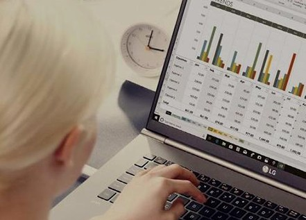 LG将推出两款最新笔记本电脑Gram 17堪称是市场重量最轻的