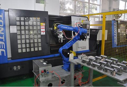 随着技术的成熟 机器人市场正遍地开花