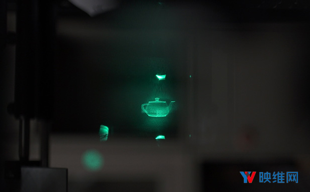 日本推出一种针对全视差和景深的近眼AR显示器设计...