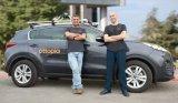 Waymo推出首个商用无人驾驶汽车服务