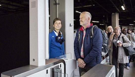 航空公司采纳生物识别long88.vip龙8国际可以提高旅行效率