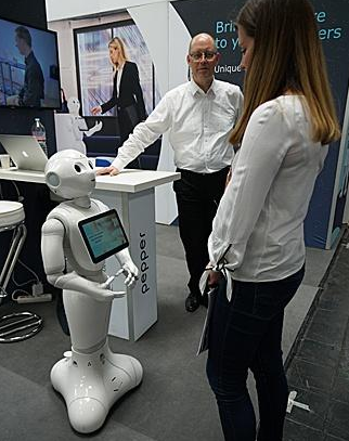 越来越多的人产生了对机器人未来普及的恐惧和抗拒
