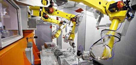 以机器换人产业升级不断推进 工业机器人进口呈现井...