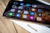iPhone XS MAX荣获了年度科技产品优秀...