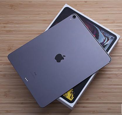 蜂窝版iPad Pro正式上市底部采用了USB-...