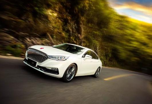 红旗轿车年销量破3万 提前17天完成全年销售目标