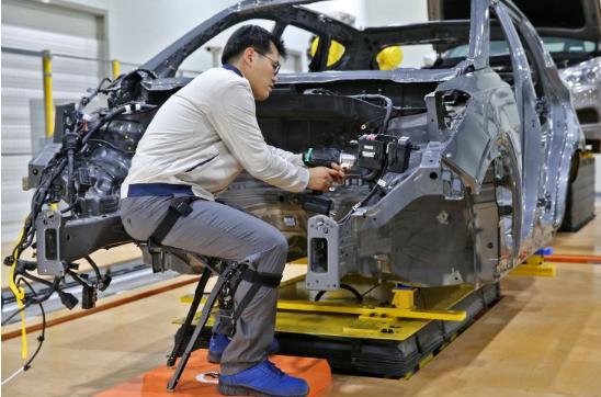 工业外骨骼装置市场将开启 BMW、福特、现代紧急布局