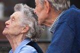智能家居设备和可穿戴设备改变老年人生活