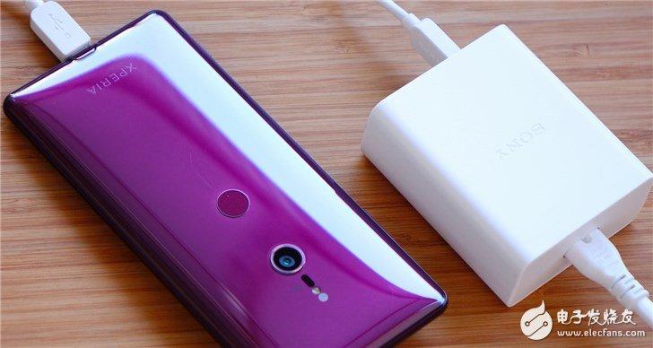 索尼推出首款PD快充充电器 相较传统USB充电器五倍的电力
