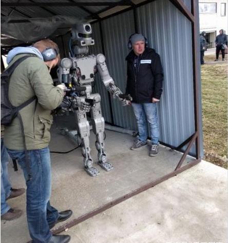 未来作战机器人来了 目前俄罗斯技术领先