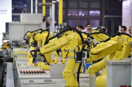 发那科借助进博会平台 展示了全球最先进的工业机器人技术
