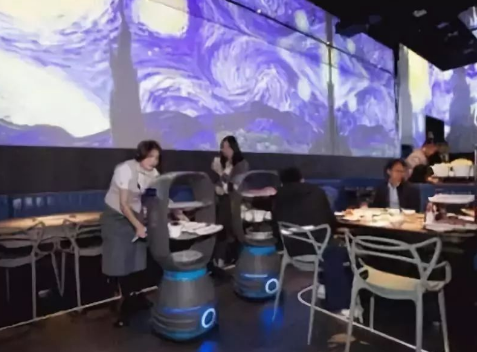 餐饮服务机器人三国杀的局面已经形成