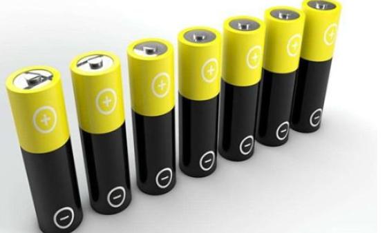 充电模式和换电模式的实用性 电池生产厂有何看法呢