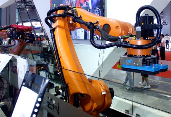 码垛机器人市场迅速扩大 机器人包装带来更多新的优势