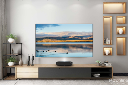 海信4K激光电视将大屏与智能完美地融合 开启视听...