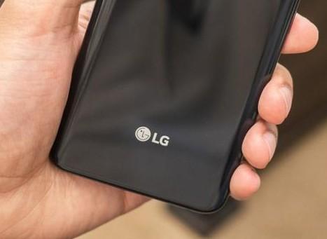 新闻快讯:LG新安卓平板即将发布 小米移动电源3高配版支持双向快充