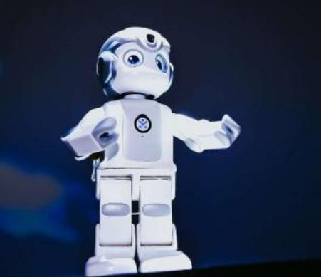 腾讯叮当联合推出的优必选悟空机器人斩获CES 2...