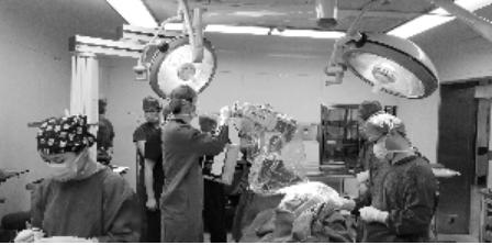 手术机器人南京启用 南京的神经外科手术迈入智能时代