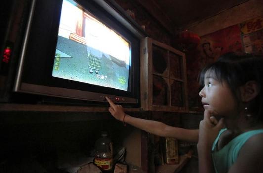 随着生活水平的提高 电视机已成为人们日常生活中不可缺少的一部分