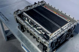 亚博从海外大事件看全球动力电池格局演变