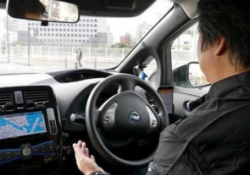 奔驰的目标不是成为第一个开发无人驾驶汽车的公司