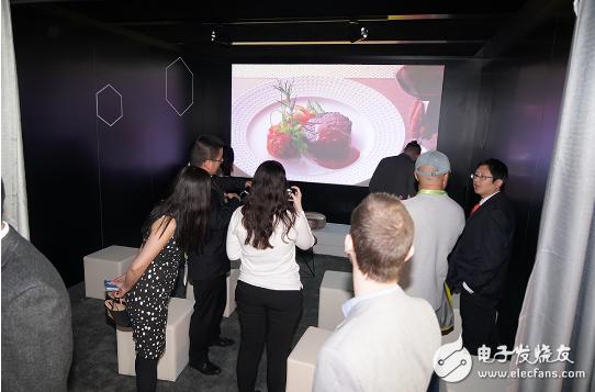 长虹三色4K激光电视C7UT表现优异 吸引了众多专业人士及观众驻足体验