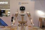 优必选发布新一代Walker大型仿人机器人