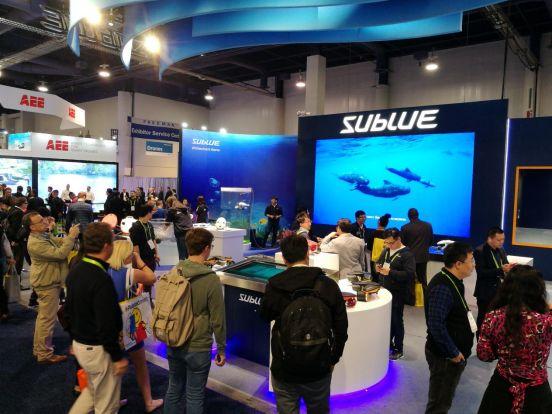 亚博深之蓝公司也带着全新产品——SublueTMSeabow登上CES舞台
