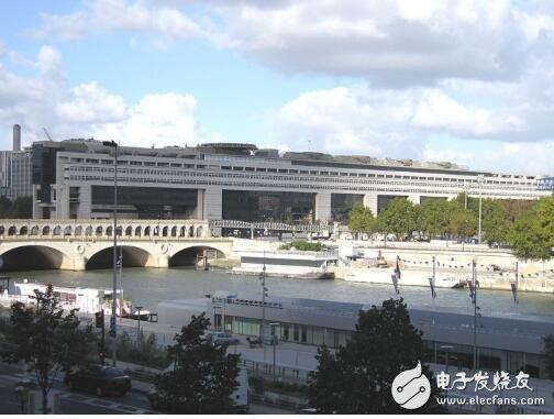 法国财政部长呼吁让法国成为欧洲区块链和加密货币技术的中心