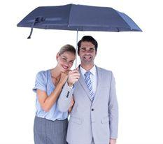 天热了,打把遮阳伞吧